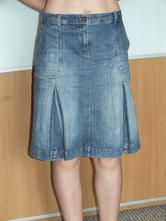 Modrá riflová sukně, 44