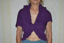 Fialový svetřík univerzální velikosti,