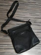 82990b61b5 Pánská taška přes rameno