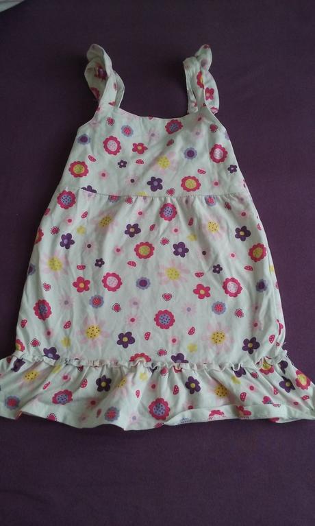 Šaty, tcm,98