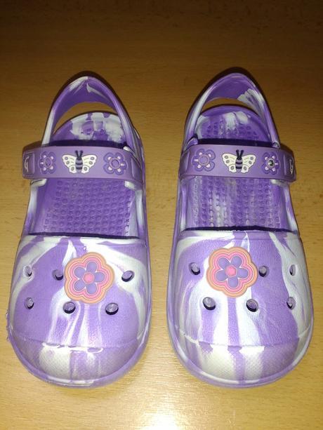 Gumové sandále 25, 25
