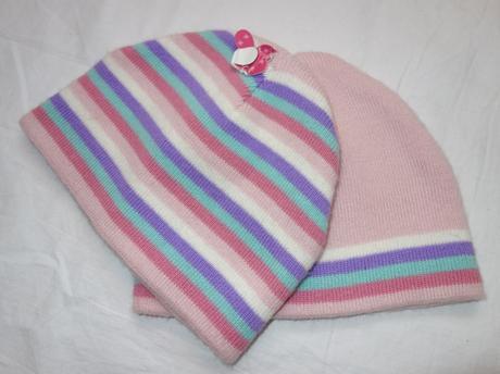 2x pletená čepice vel. 2 - 3 r, 98