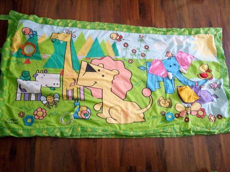Velká hrací deka s hrazdičkou,