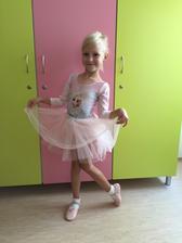 Dneska první hodina baletu, snad se ji to bude líbit ❤️🍀