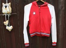Červeno-bílá mikina s kapucí vel 38-40, s
