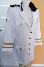 Kostým kapitánka, 44