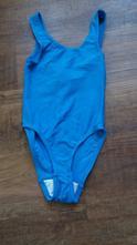 Modré jednodílné plavky, 116