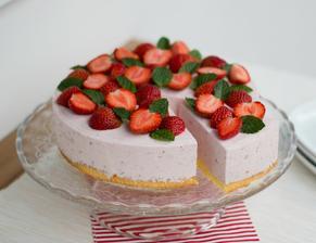 Jahodovo-ricottový dort