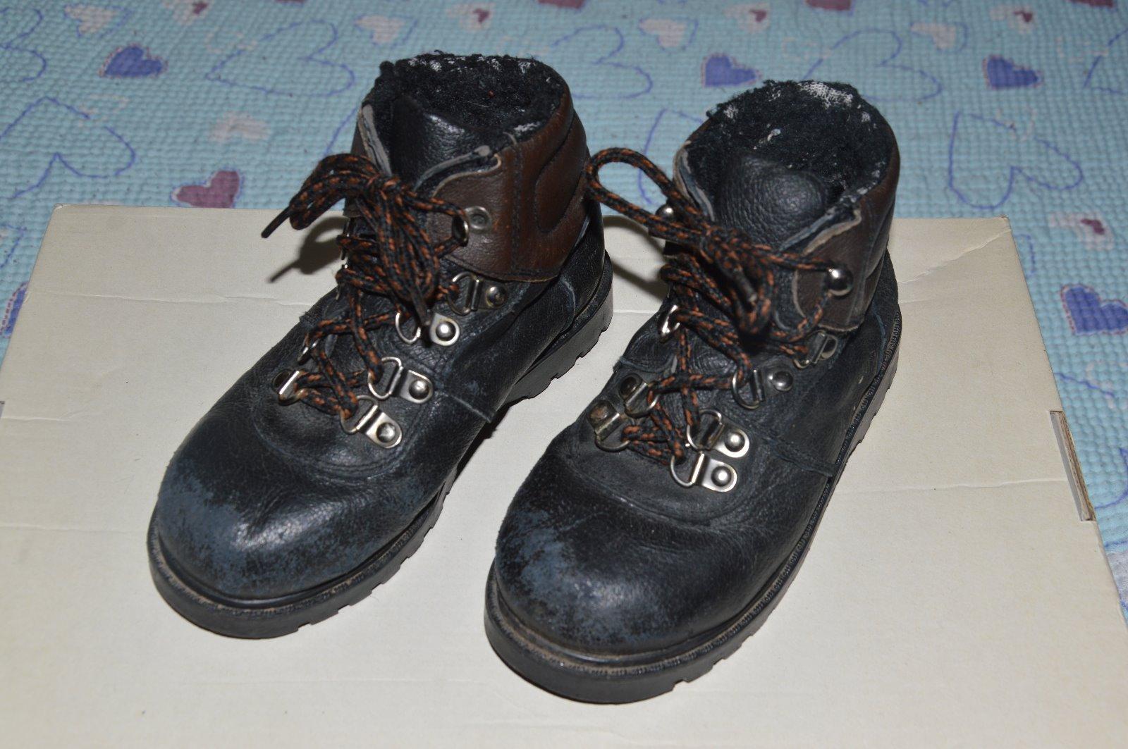 Černé pohorky 70d66a01e0