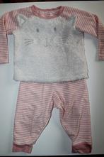 Dvojdílné pyžamo kočička, age,86