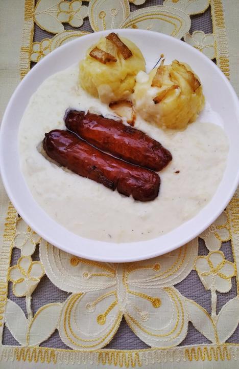 Cuketovy prívarok,zemiaky a klobása