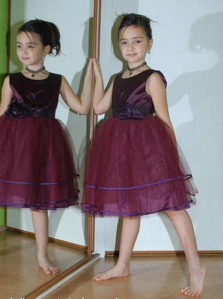 Společenské slavnostní šaty - vada, tu,128
