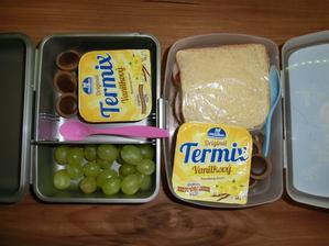 Honzík na přání sendvič jako včera a oba Termix a Toffife od dědy, Květuška hroznové víno