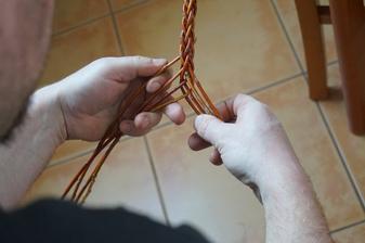 pletení pomlázky