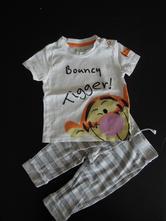 Komplet tričko a tepláčky tygr (mevídek pú), disney,80