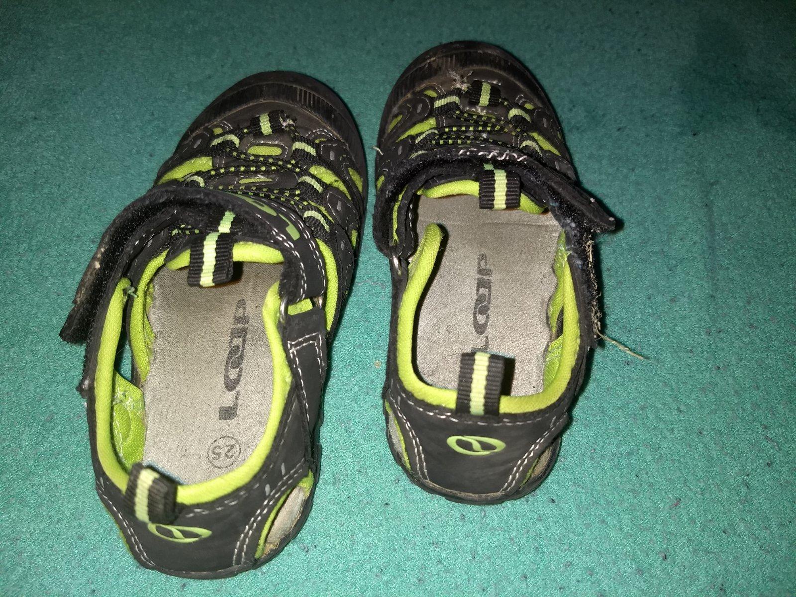 Trackové letní boty značky. loap cbab10df2e