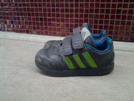 Boty adidas na suchý zip vel. 27 119b3879ee