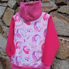 Mikina jednorožci v růžovém snu, 98 - 128