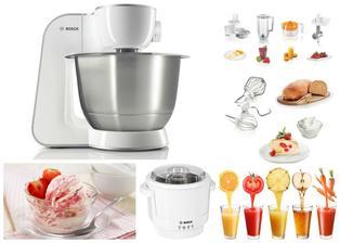 Můj nový pomocník - kuchyňský robot BOSCH (kupujeme k němu zmrzlinovač a lis na ovoce, v základním vybavení je i mlýnek na maso)