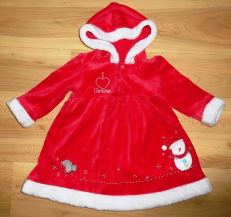 Červené šaty, 80