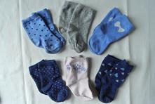 6 párů holčičích modrých ponožek, lupilu,22