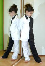 Karnevalový netradiční dvoudílný kostým oblek,