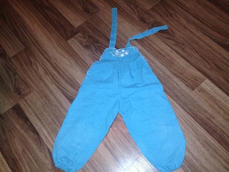 Kalhoty s laclem, 92