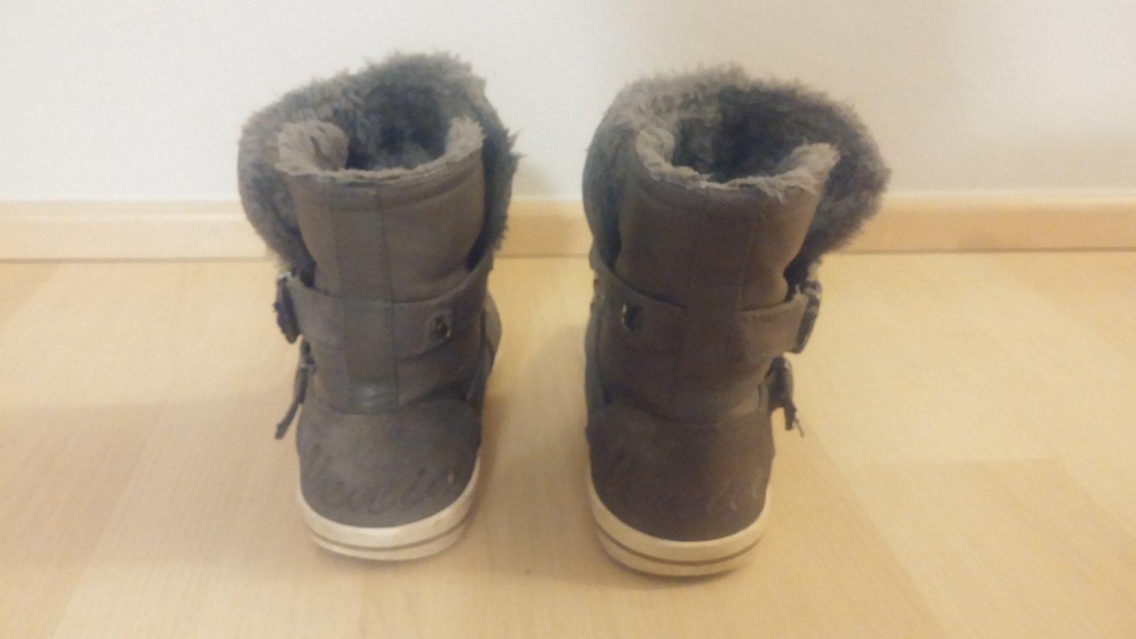 7cf66d1e78f 201 inzerátů • 37 hodnocení. Zimní kotníkové boty