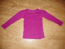 Fuchsiové tričko, 92