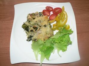 OBĚD: zapečené celozrnné těstoviny s brokolicí a sýrem 30%