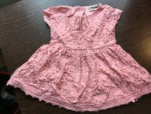 Růžové krajkové šaty next, next,74