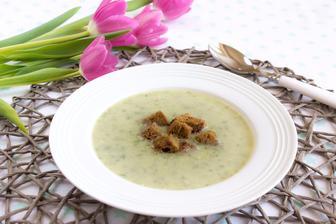 Krémová polévka s medvědím česnekem