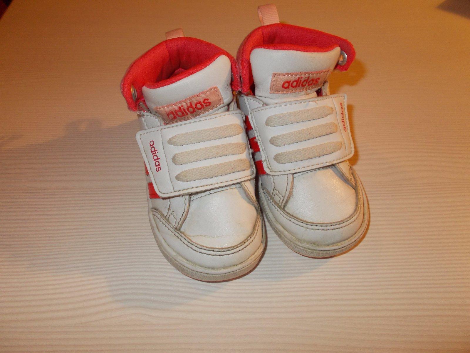 Boty adidas 8cba7552354