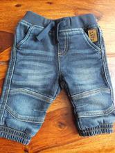 Nové džíny, baby club,62