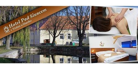Hotel Pod Sluncem v Třebízi. Je to kousíček z Prahy a přesto v klidu vesnice. Byla jsem tam s kamarádkou a byly jsme naprosto nadšené.