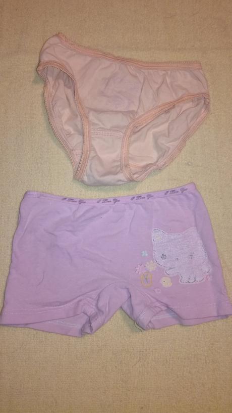Spodní prádlo vel.104/110, 104