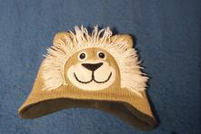 Čepice lvíček, topolino,86