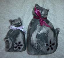 Dvě kočičí slečny - sošky (dekorace),