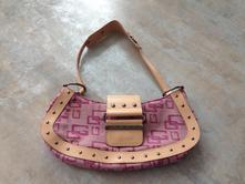 Růžová kabelka, taška, psaníčko  zn. guess ,