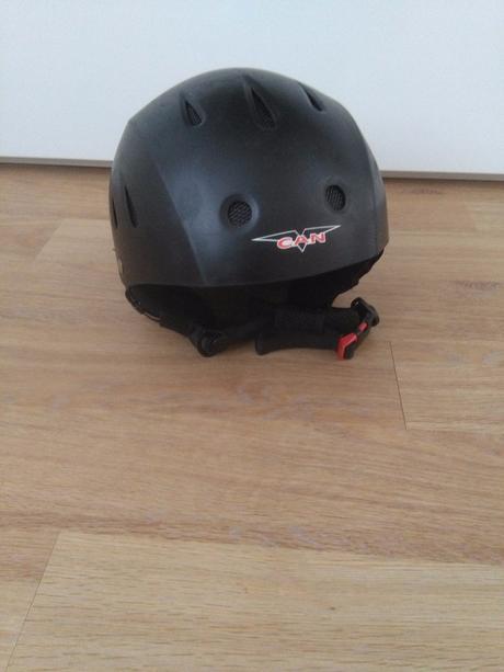 Prodám lyžařskou helmu can vs610 / unisex,