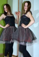 Karnevalové šaty s tylovou sukní,