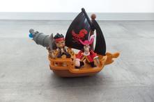 Loď jake a piráti země nezemě - fisher price,