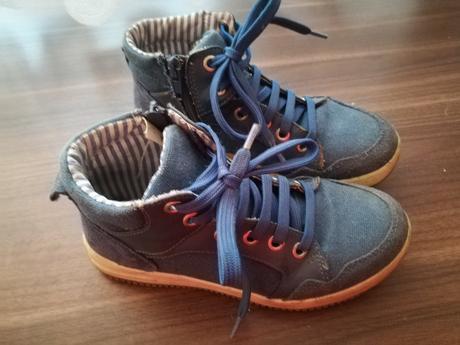 Kotníčkové boty, baťa,32