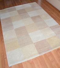 Vlněný kusový koberec 140 x 200cm,