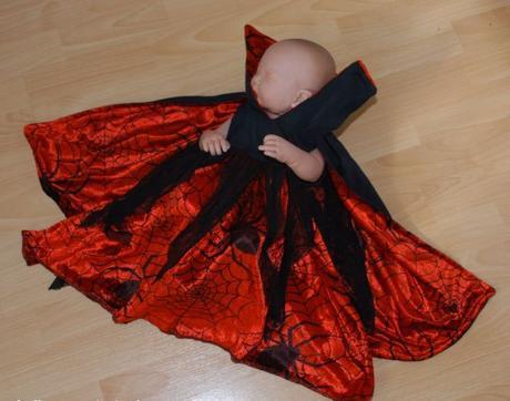 Karnevalové šaty královna čarodějnice,