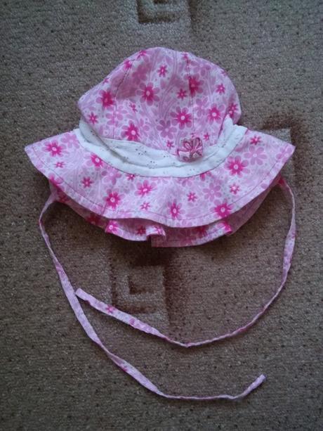 Letní klobouček, rockino,74