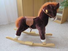 Houpací kůň,