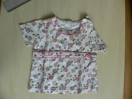 Kytičkované tričko, 74