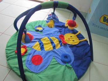 Výrobci hracích dek
