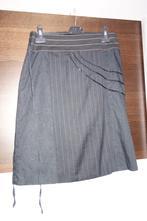 Zavinovací sukně, l
